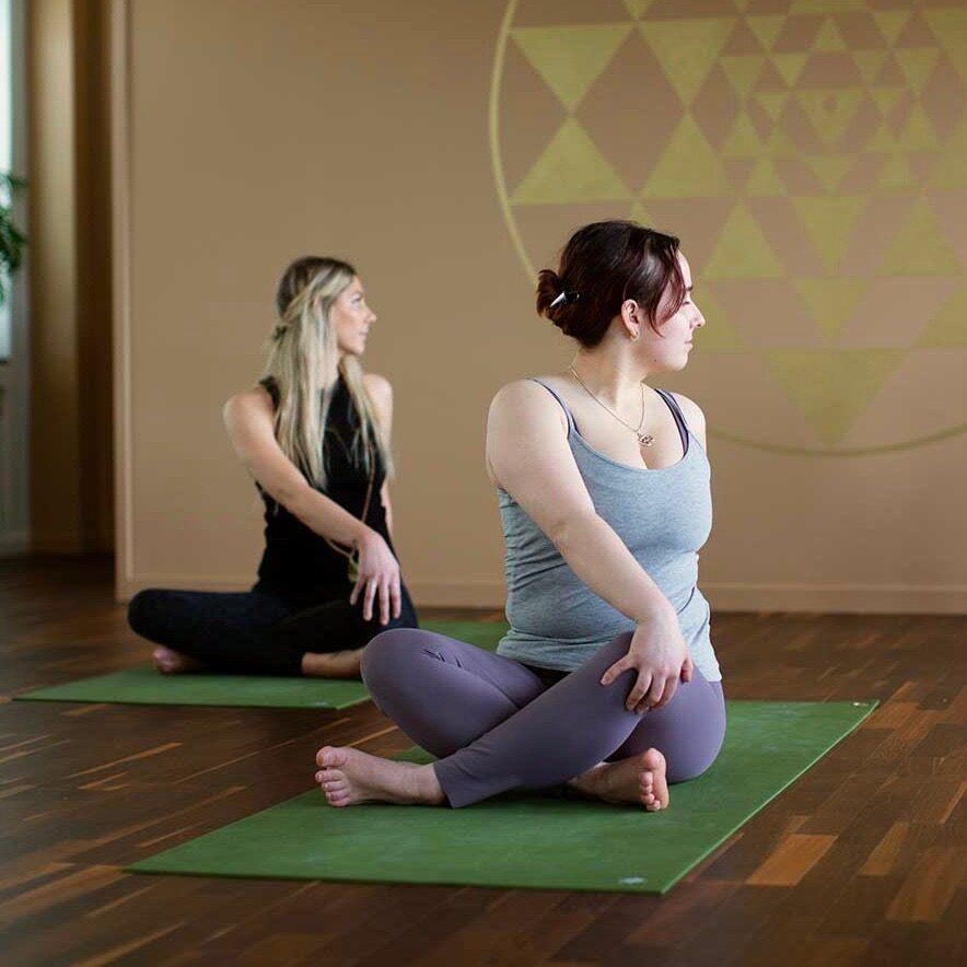 borja med en yogakurs hos ashtanga yoga uppsala